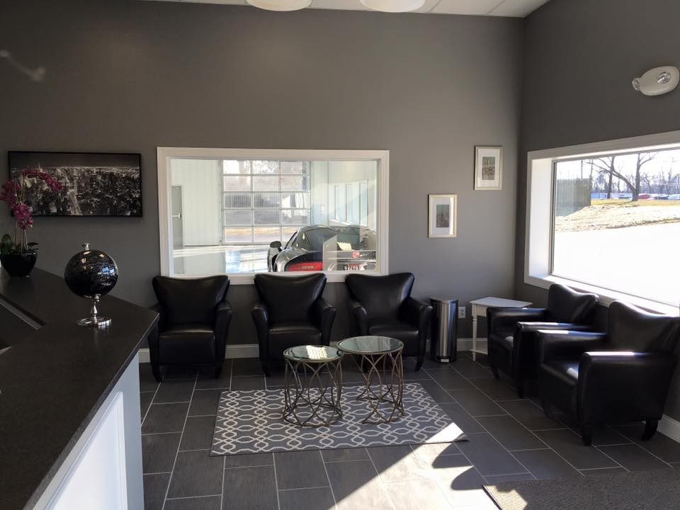 Here at Moppert Auto Collision Of Swedesboro, Swedesboro, NJ, 08085, we have a welcoming waiting room.
