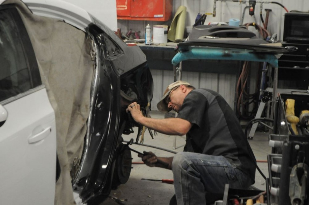 At Reed Lallier Chevrolet Body Shop, in Fayetteville, NC, 28304, all of our body technicians are skilled at panel replacing.