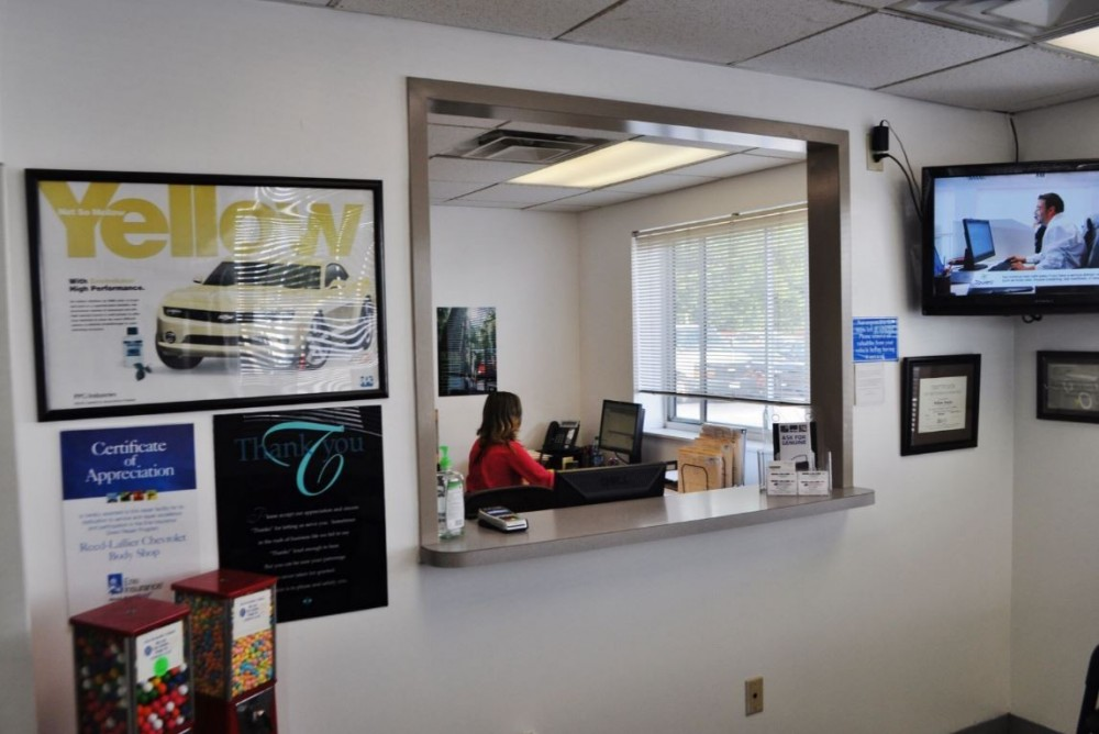 Our body shop's business office located at Fayetteville, NC, 28304 is staffed with courteous and professional personnel.