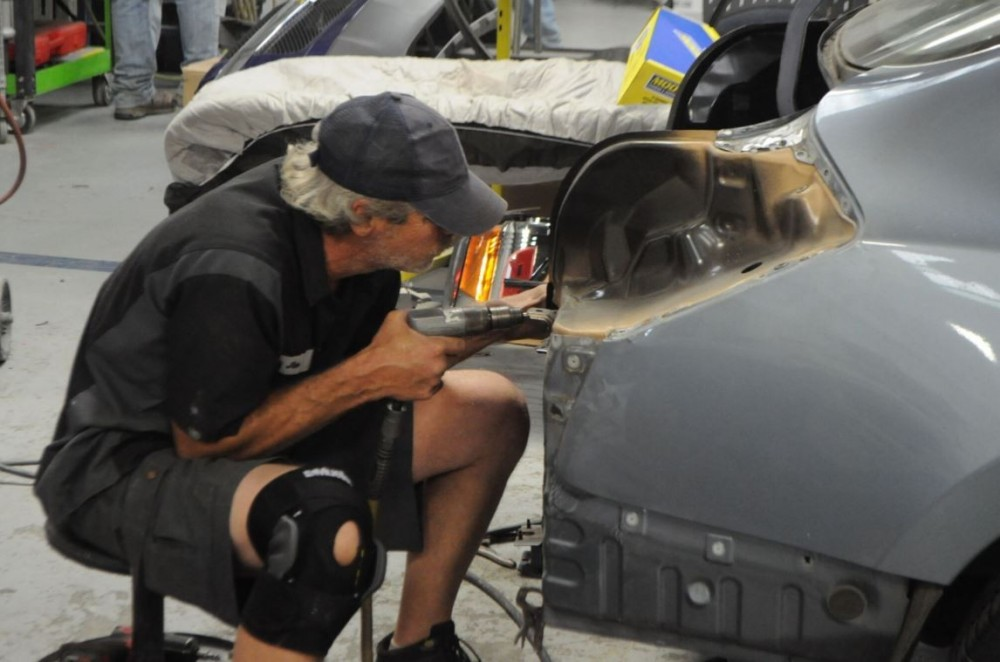 Here at Reed Lallier Chevrolet Body Shop, Fayetteville, NC, 28304, our body technicians are craftsmen in the art of metal straightening.