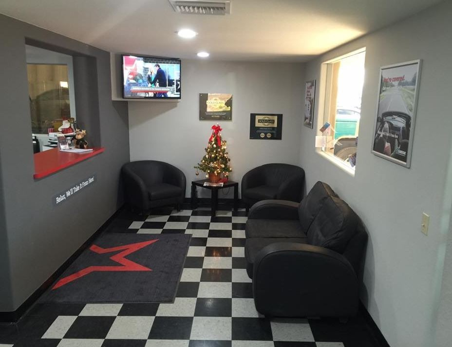 Carstar Black Hills Auto Body's waiting area at our body shop, located at Cottonwood, AZ, 86326 is a comfortable and inviting place for our guests.