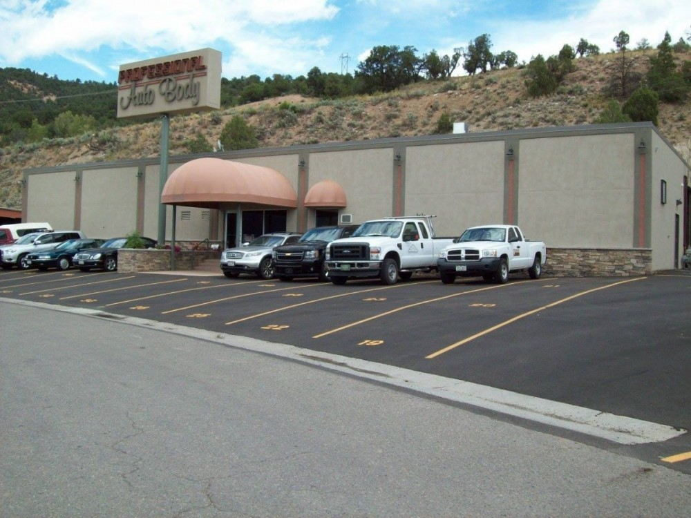 We are centrally located at Glenwood Springs, CO, 81601 for our guest's convenience and are ready to assist you with your collision repair needs.