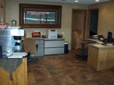 Our body shop's business office located at Glenwood Springs, CO, 81601 is staffed with friendly and experienced personnel.