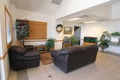 The waiting area at our body shop, located at Idaho Falls, ID, 83406 is a comfortable and inviting place for our guests.