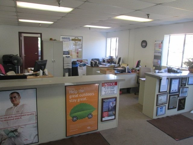 Our body shop's business office located at Santa Barbara, CA, 93111 is staffed with friendly and experienced personnel.