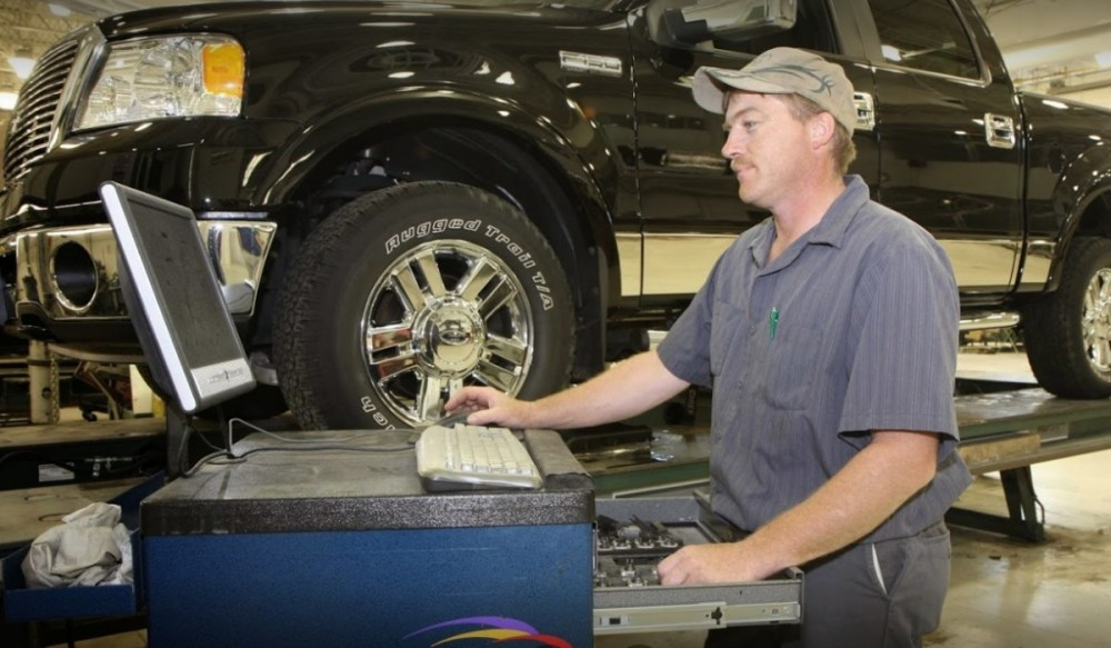 Collision structure and frame repairs are critical for a safe and high quality repair.  Here at The Body Works - Brainerd/Baxter, in Baxter, MN, 56425, our structure and frame technicians are I-CAR certified and have many years of experience.