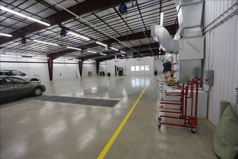 We are a state of the art Collision Repair Facility waiting to serve you, located at Bossier City, LA, 71111.