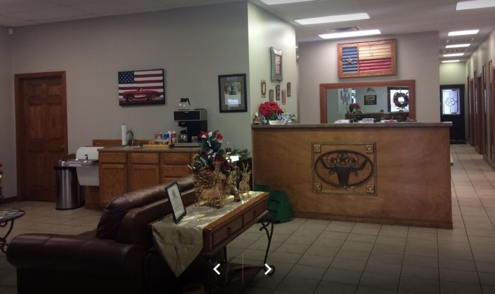 Our body shop's business office located at Tyler, TX, 75707 is staffed with friendly and experienced personnel.