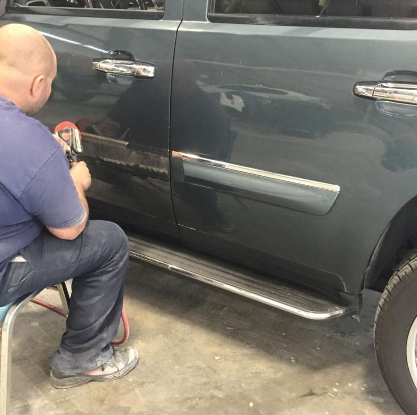 At Dick Smith Body Shop, we color sand and polish all repaired exterior panels, giving them professional results that mirrors OEM finishes.