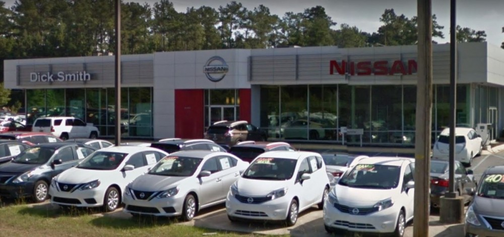 Dick Smith Body Shop - We are centrally located at Columbia, SC, 29210 for our guest's convenience and are ready to assist you with your collision repair needs.