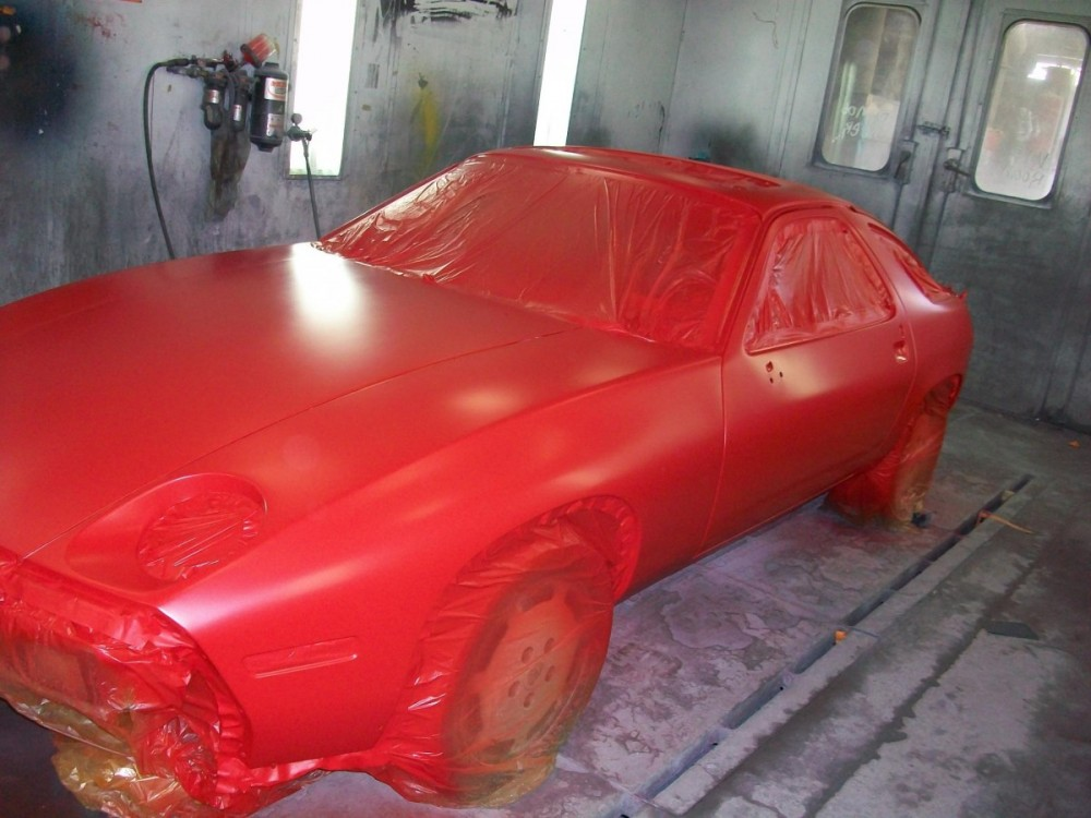 A professional refinished collision repair requires a professional spray booth like what we have here at The Collision Star Inc in Lynbrook, NY, 11563.